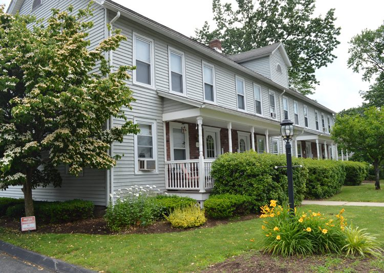 Pleasant View Apartments in Easthampton, MA: One and Two Bedroom Apartments for rent in Western, MAPleasant View Apartments in Easthampton, MA: One and Two Bedroom Apartments for rent in Western, MA